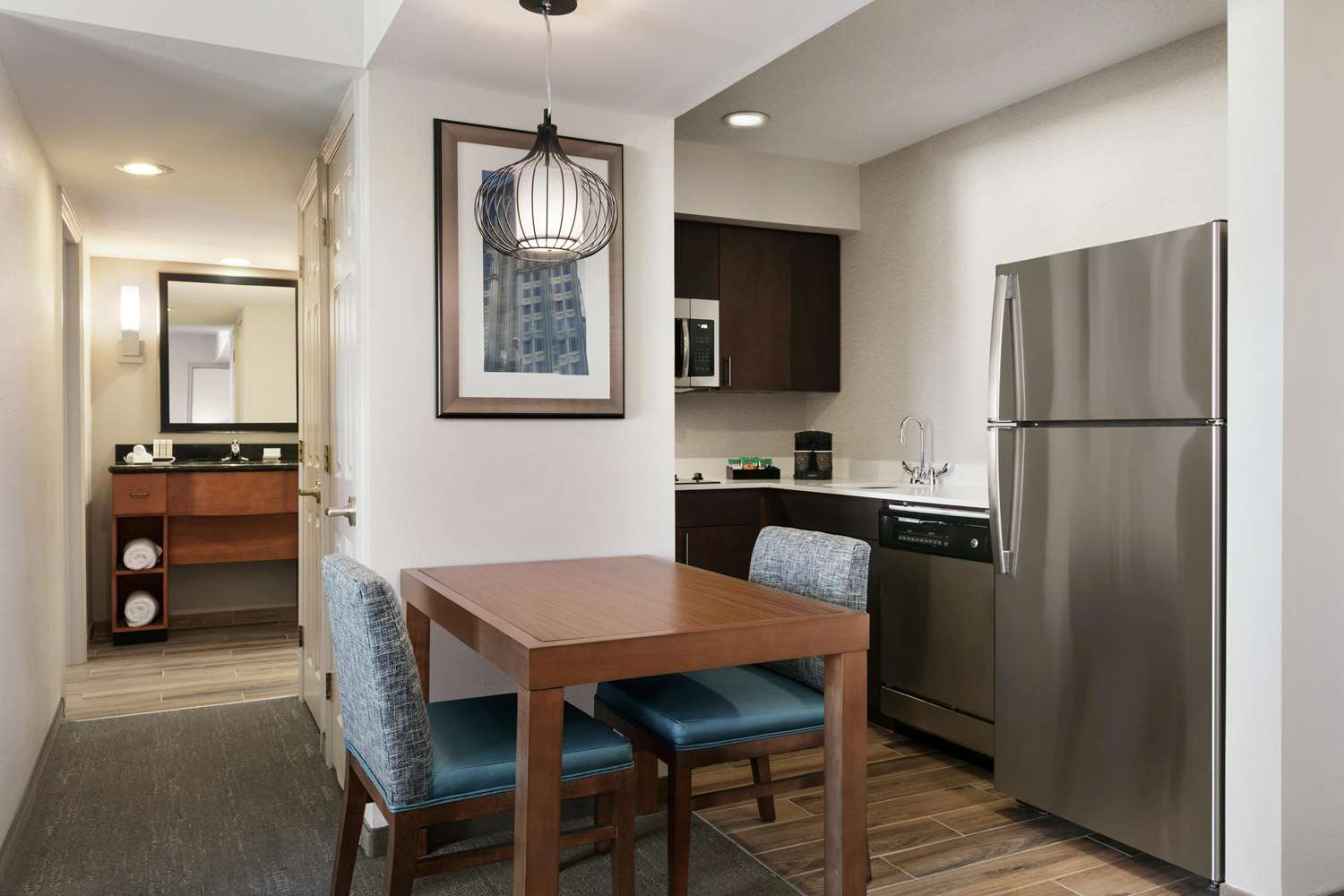 Amenities - Homewood Suites by Hilton Airport Kansas City