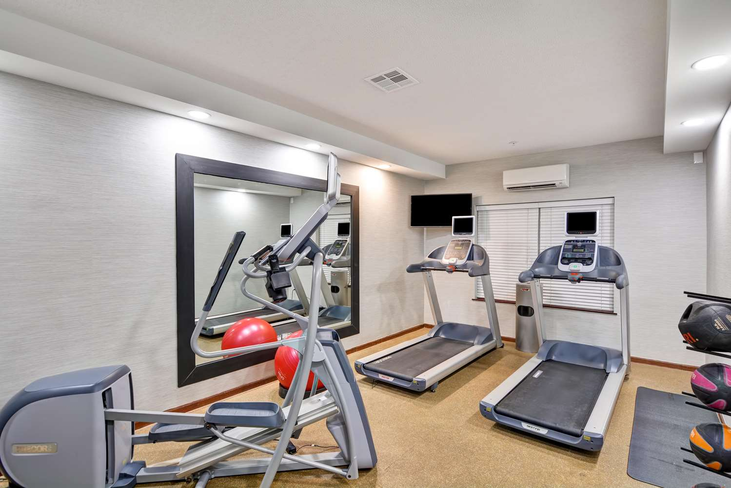 Fitness/ Exercise Room - Homewood Suites by Hilton Overland Park
