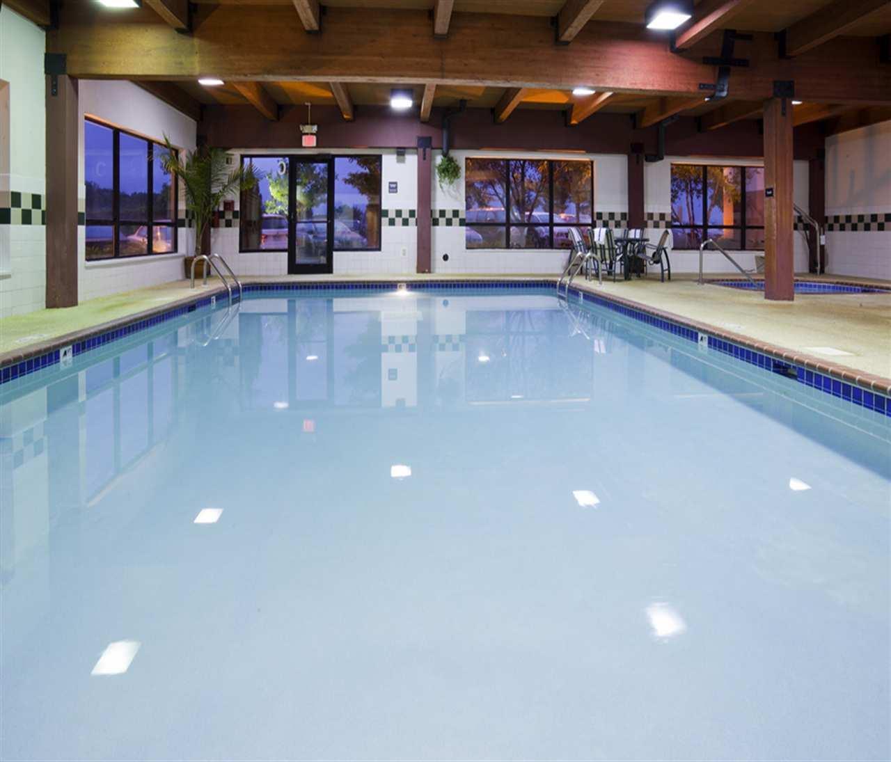 Pool - Hampton Inn Maple Grove