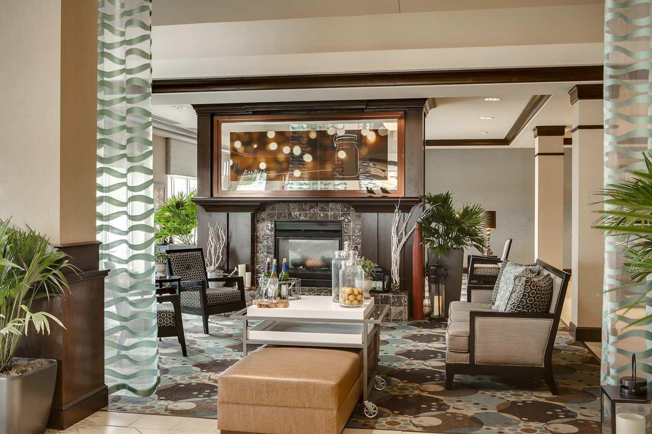 Lobby - Hilton Garden Inn Council Bluffs