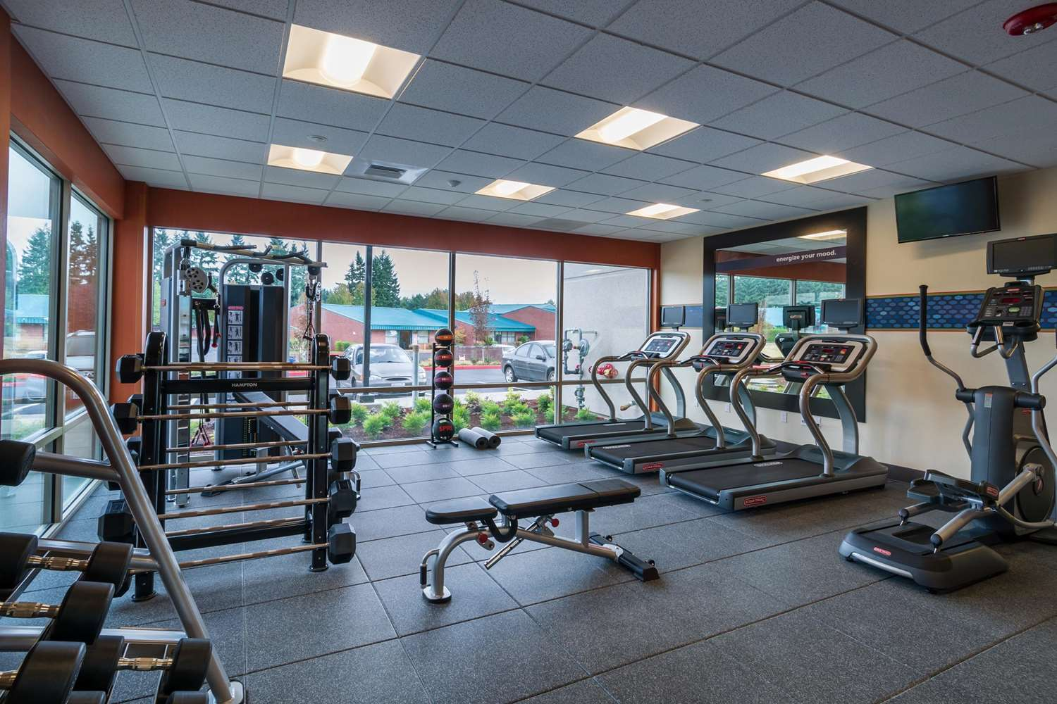 Fitness/ Exercise Room - Hampton Inn & Suites Vancouver