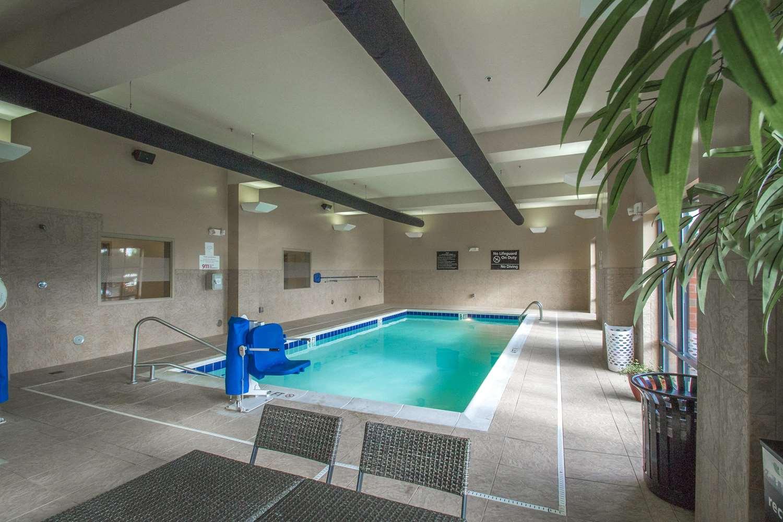 Pool - Hampton Inn Greenville