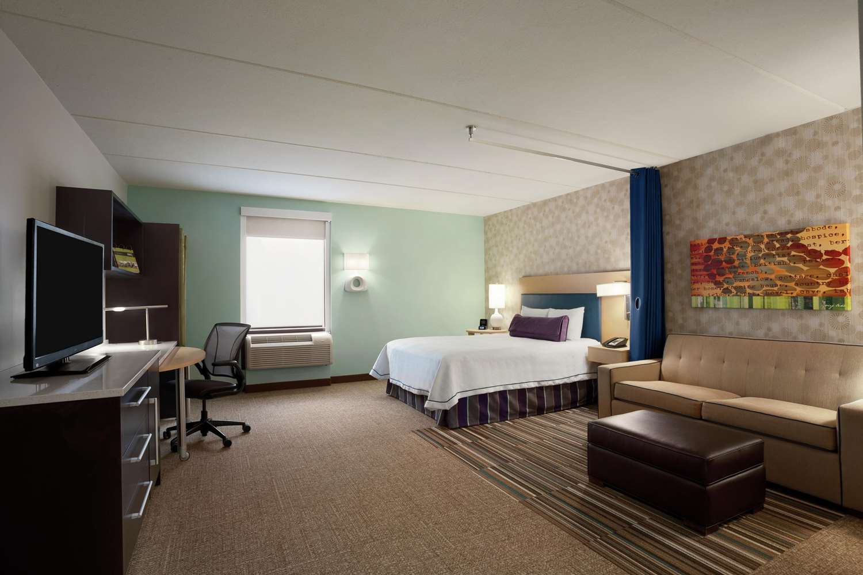 Room - Home2 Suites Convention Center Philadelphia