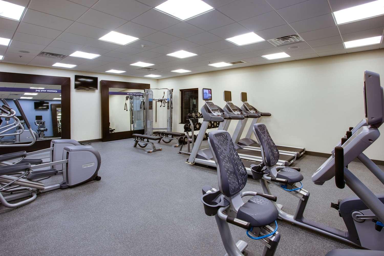 Fitness/ Exercise Room - Hampton Inn & Suites Bensalem