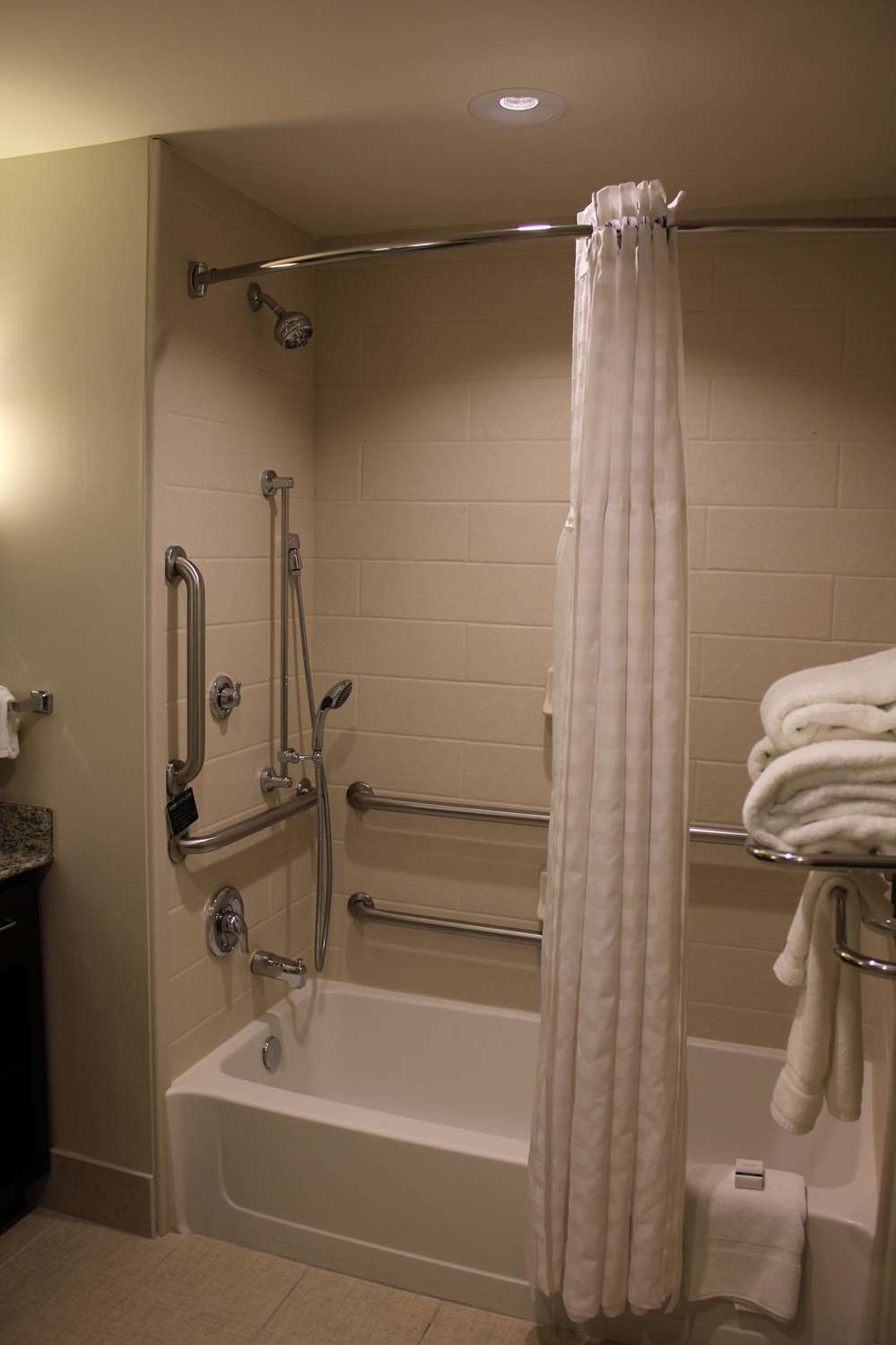 Room - Homewood Suites by Hilton Doylestown