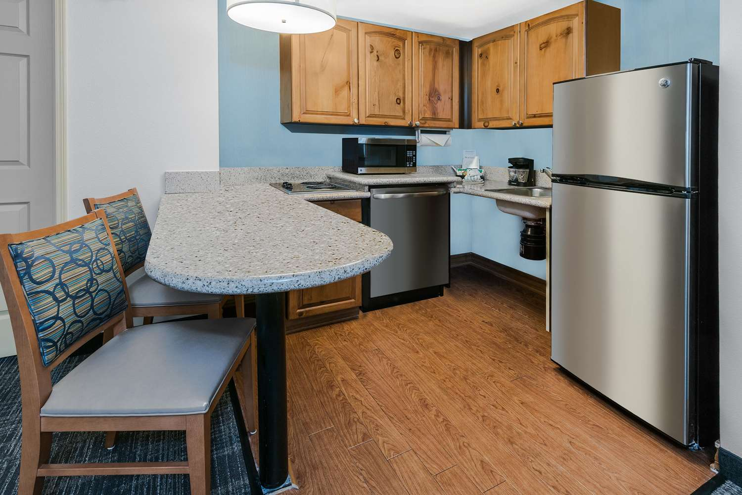 Amenities - Homewood Suites by Hilton Metro Center Phoenix