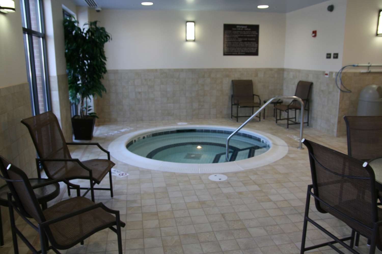 Pool - Hampton Inn Webster