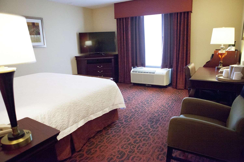 Room - Hampton Inn Webster