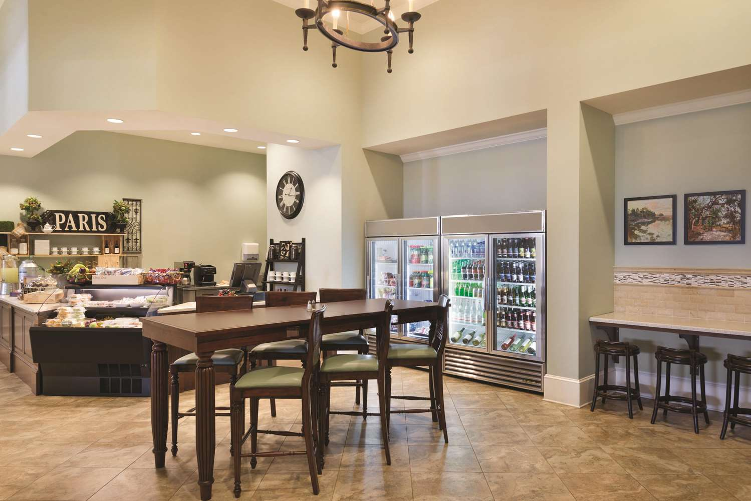 Restaurant - Embassy Suites Savannah