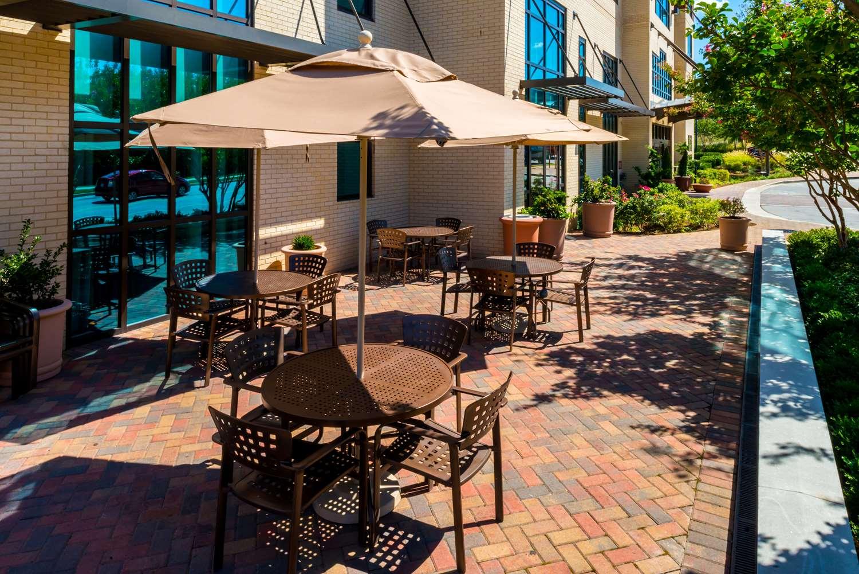 Exterior view - Hampton Inn & Suites National Harbor