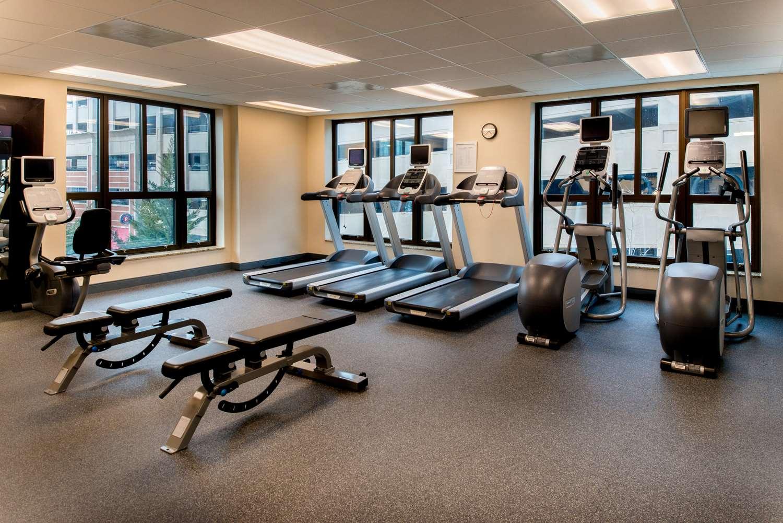 Fitness/ Exercise Room - Hampton Inn & Suites National Harbor