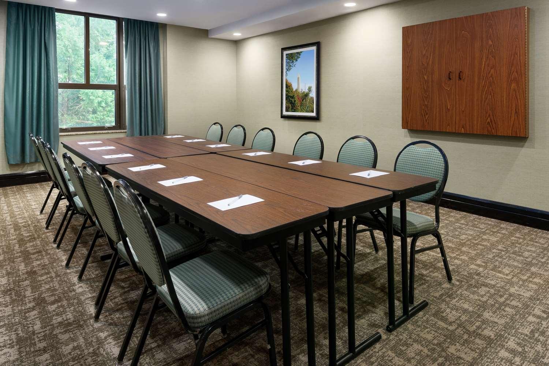 Meeting Facilities - Hampton Inn & Suites National Harbor