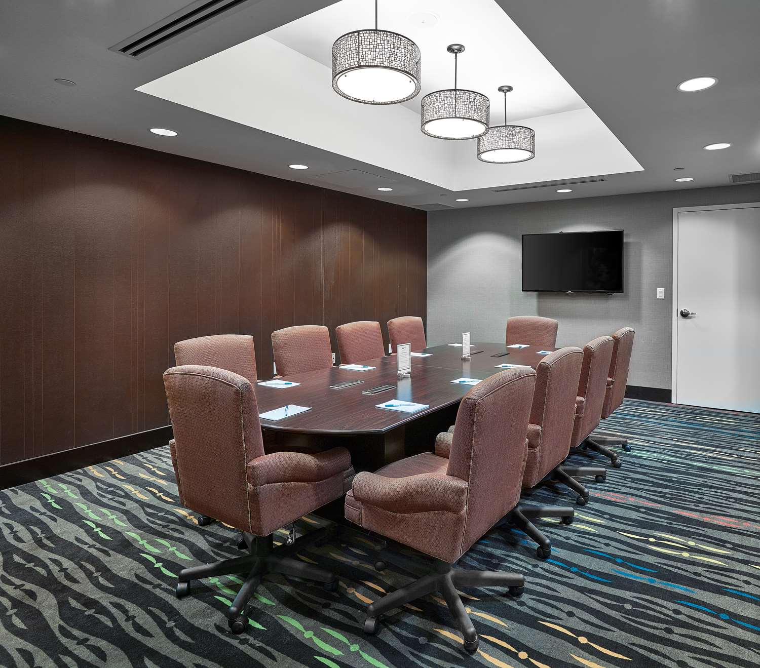 Meeting Facilities - Homewood Suites by Hilton Airport Calgary
