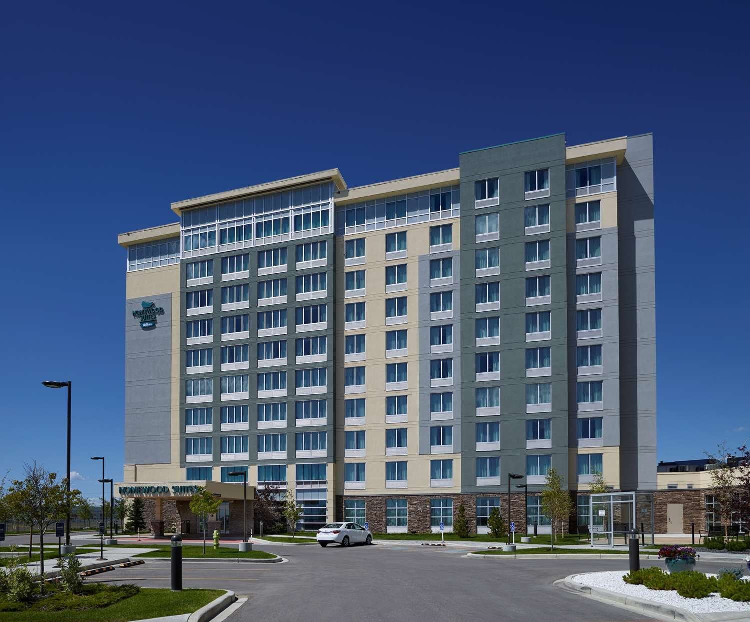Exterior view - Homewood Suites by Hilton Airport Calgary