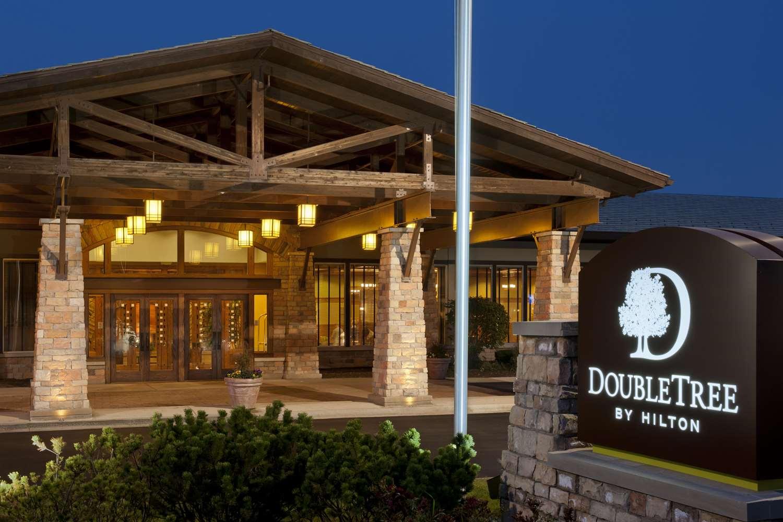 DoubleTree by Hilton Libertyville - Mundelein
