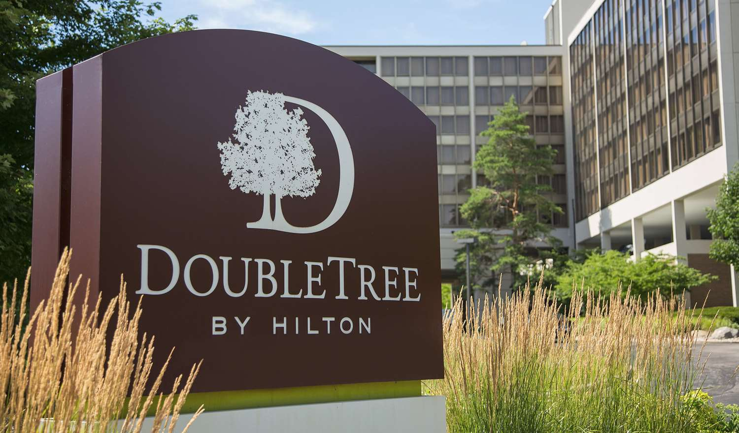 Exterior view - DoubleTree by Hilton Hotel Oak Brook
