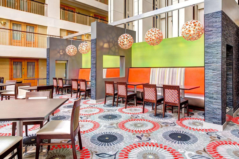 Restaurant - Embassy Suites O'Hare Airport Rosemont