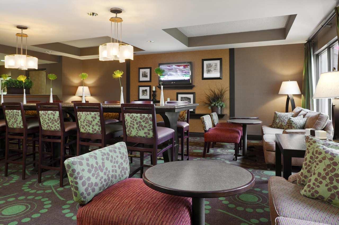 Lobby - Hampton Inn Coralville