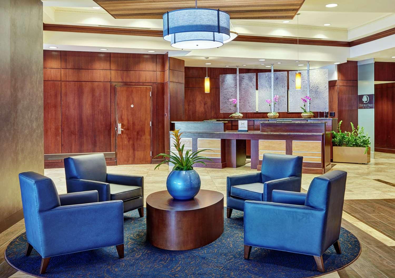 Lobby - DoubleTree by Hilton Hotel Gateway Village Charlotte