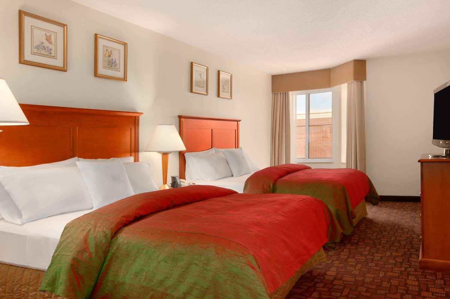 Amenities - Homewood Suites by Hilton Edgewater