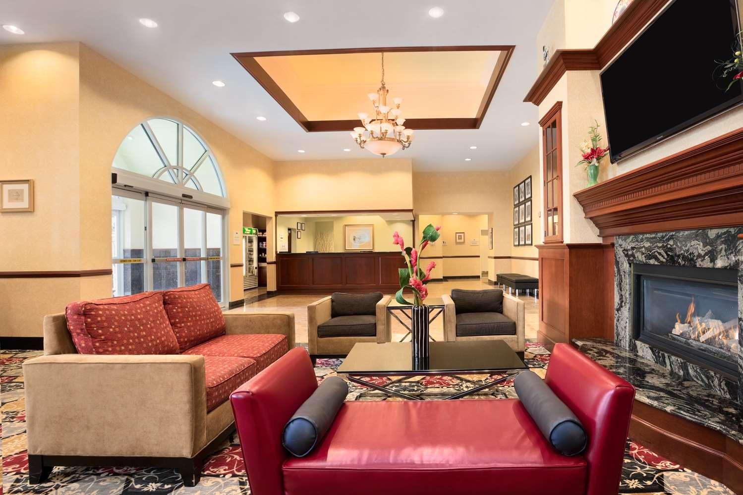Lobby - Homewood Suites by Hilton Edgewater