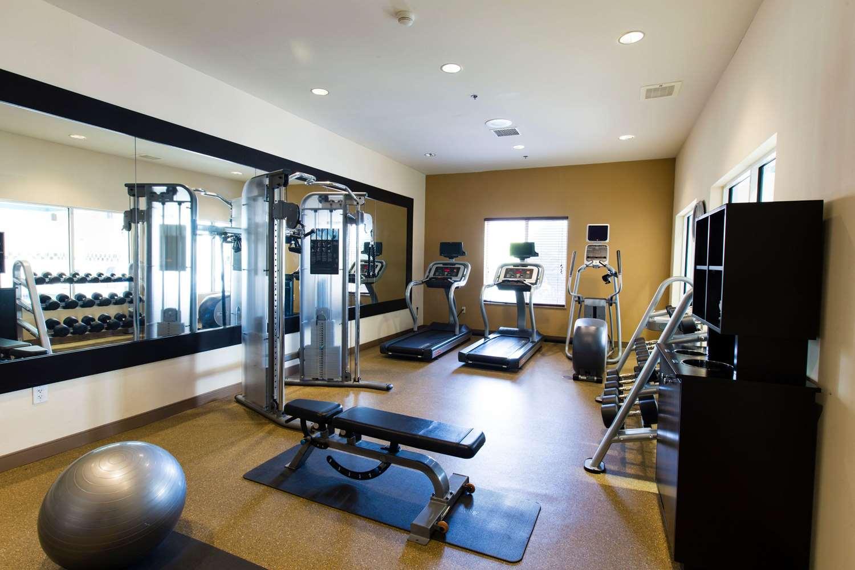 Fitness/ Exercise Room - Hilton Garden Inn Grand Forks