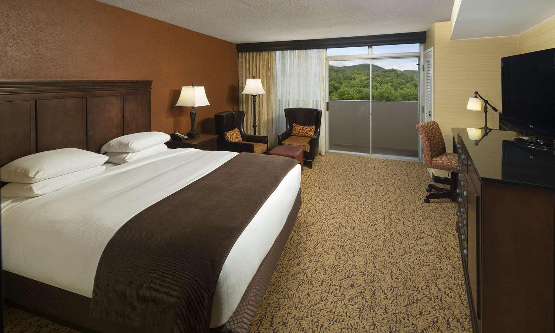 Room - Park Vista Hotel Gatlinburg