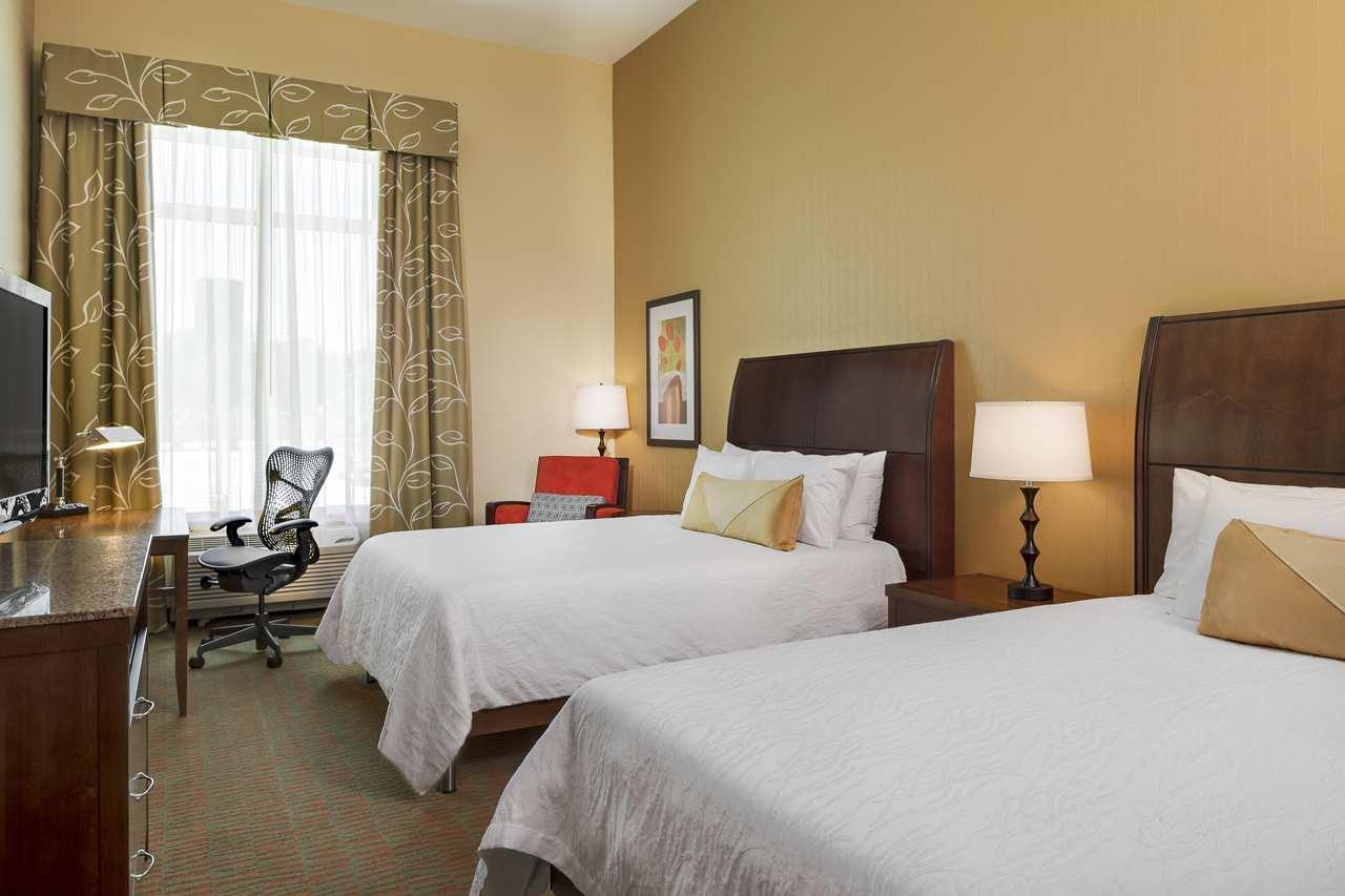 Room - Hilton Garden Inn Manhattan