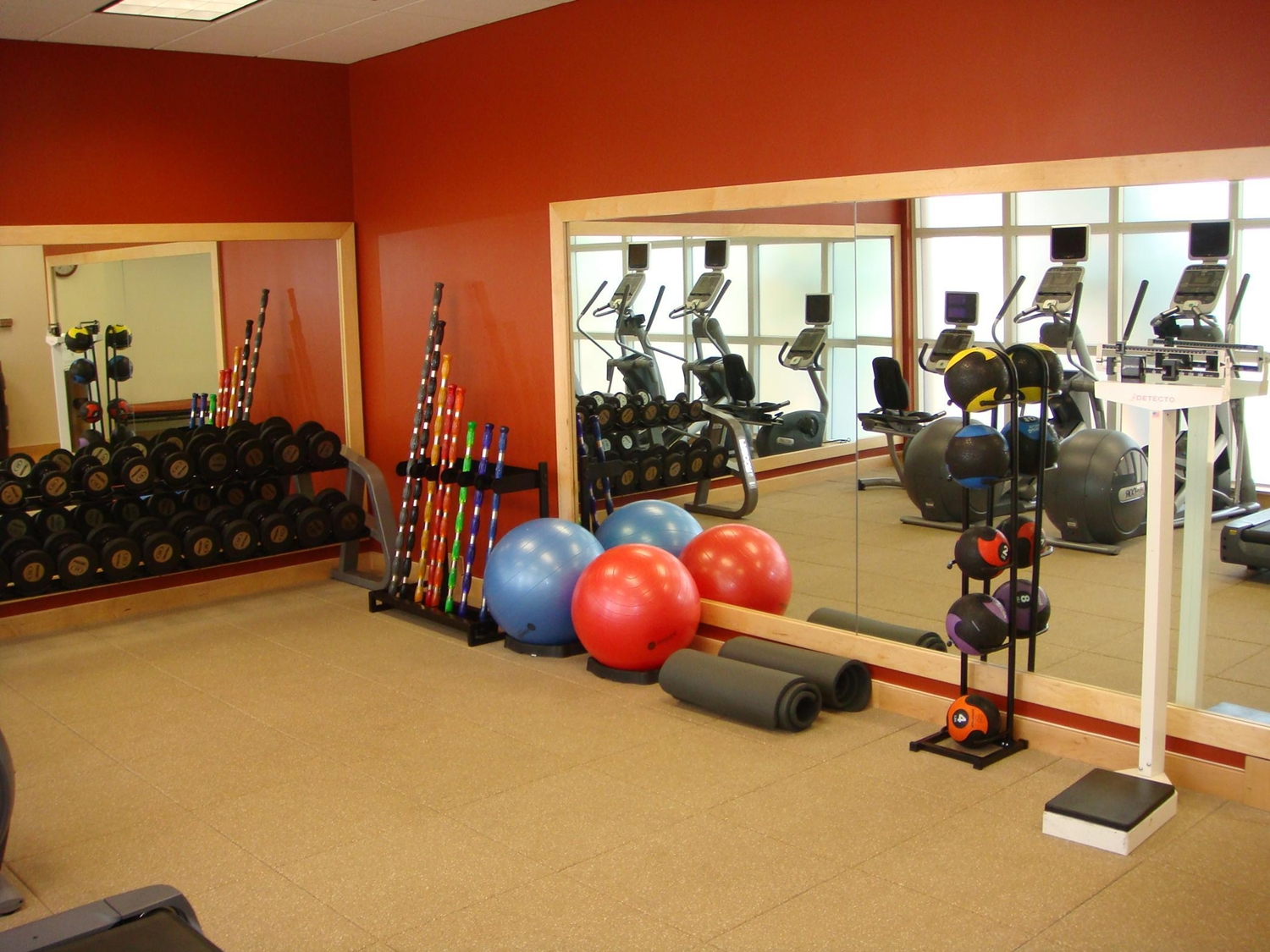 Fitness/ Exercise Room - Embassy Suites Airport Orlando