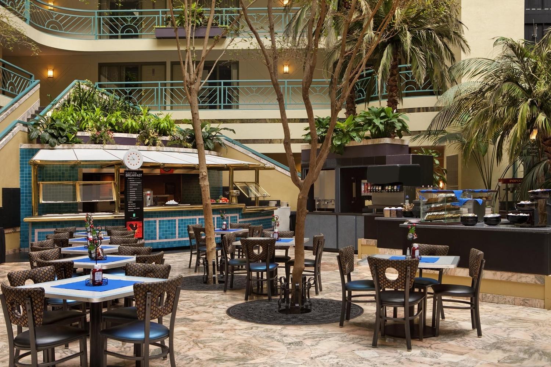 Restaurant - Embassy Suites Minneapolis Airport Bloomington
