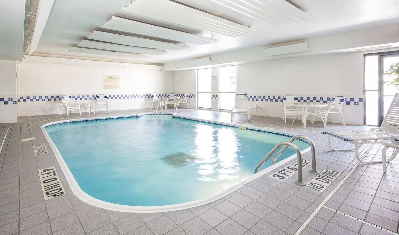 Pool - Hampton Inn Woodbury