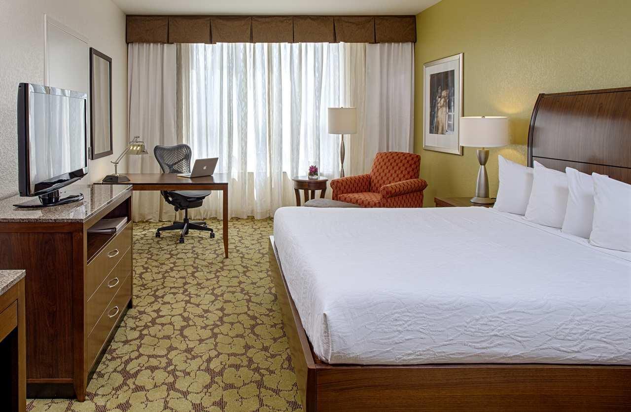 Room - Hilton Garden Inn French Quarter New Orleans