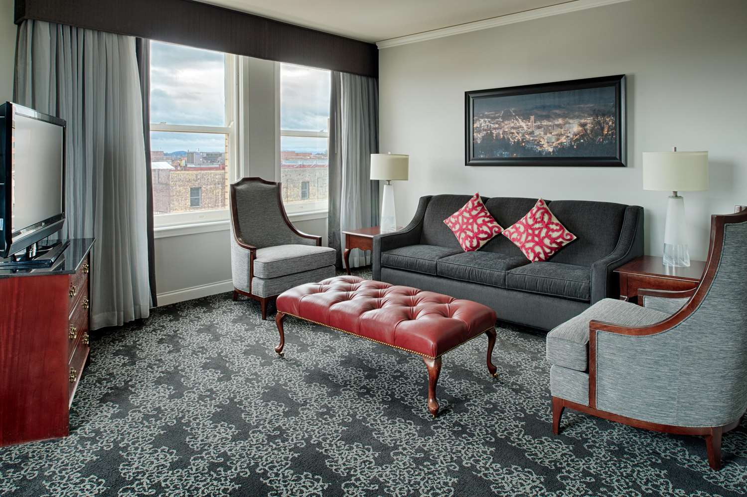 Room - Embassy Suites Downtown Portland