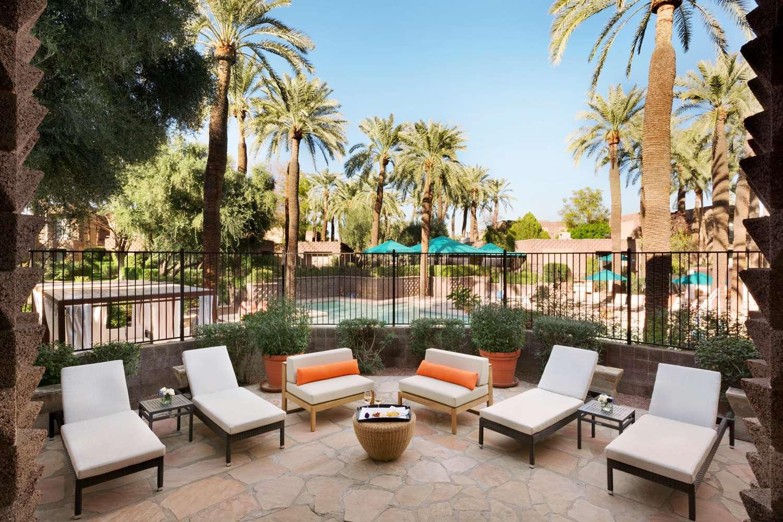 Room - DoubleTree Resort by Hilton Hotel Scottsdale