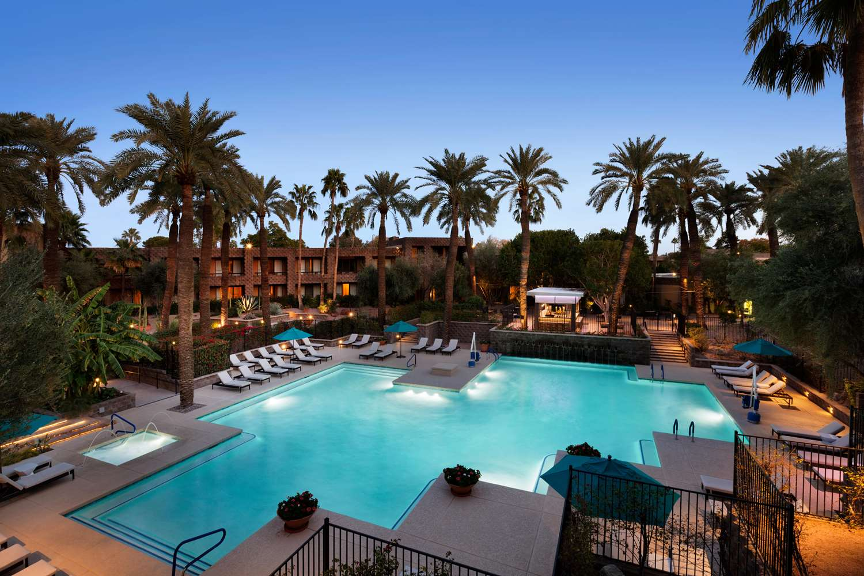 Pool - DoubleTree Resort by Hilton Hotel Scottsdale