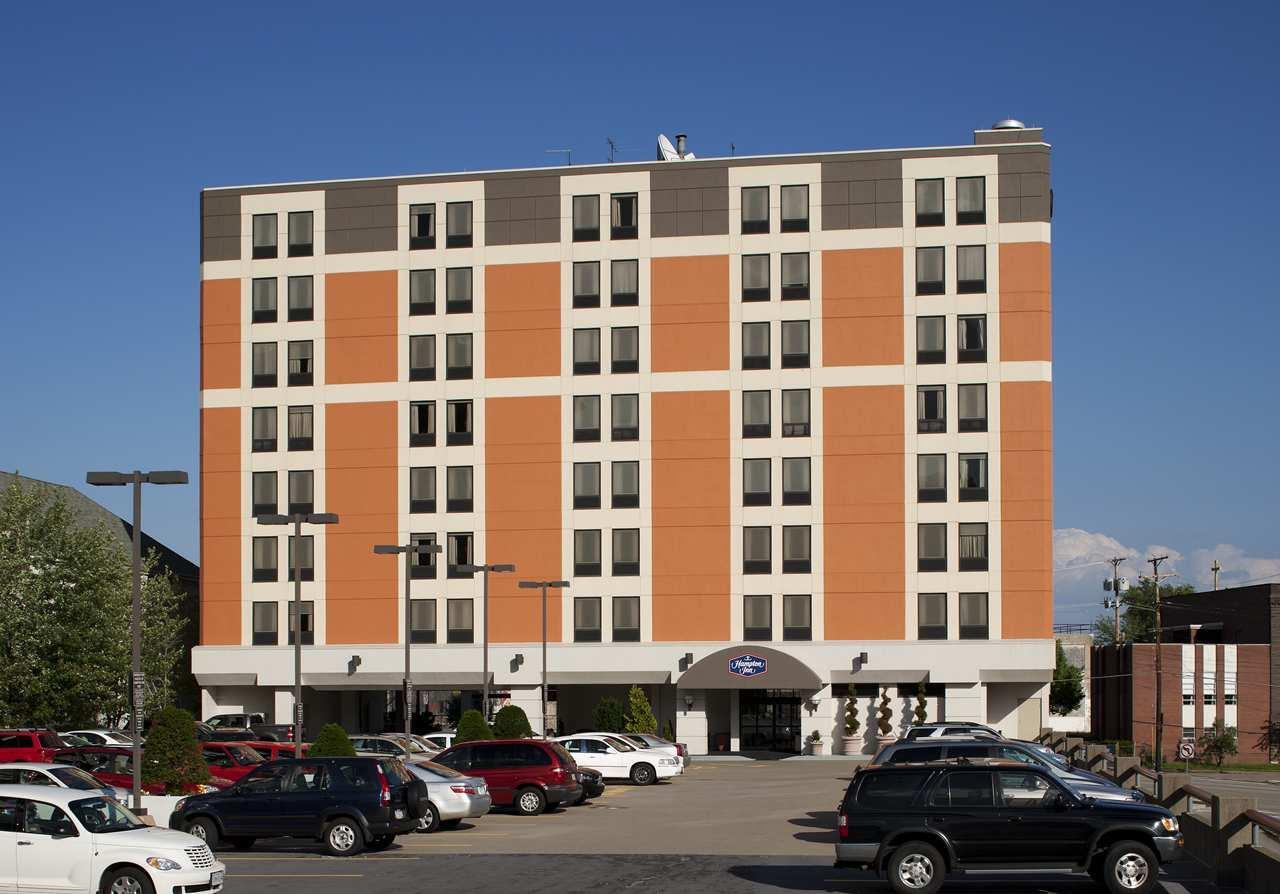 Exterior view - Hampton Inn University Center Pittsburgh