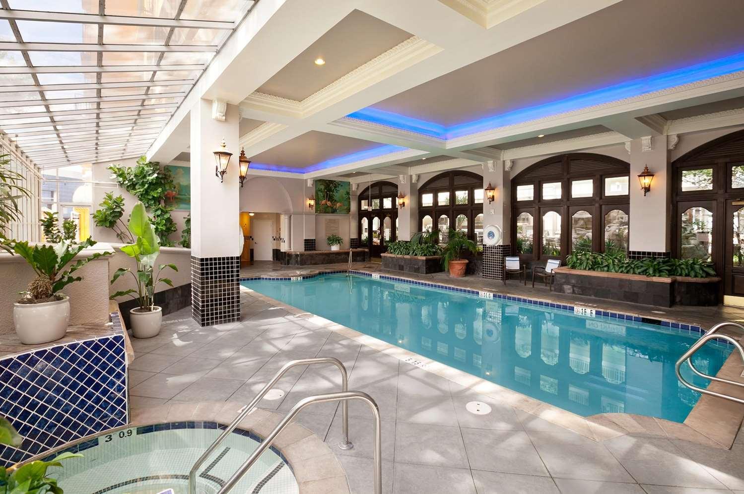 Pool - Embassy Suites San Francisco Airport Burlingame