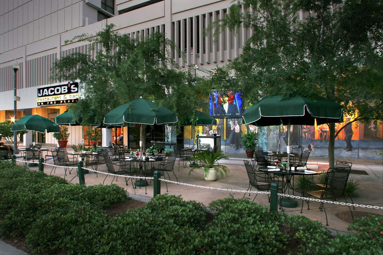 Restaurant - DoubleTree by Hilton Hotel Tallahassee