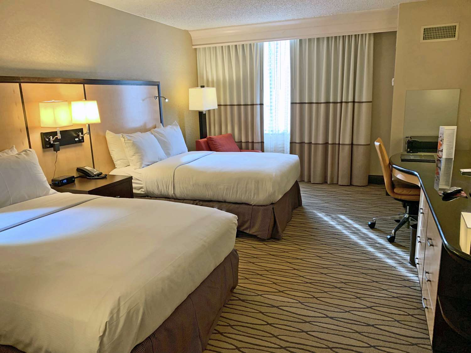 Room - Hilton Hotel Woodcliff Lake
