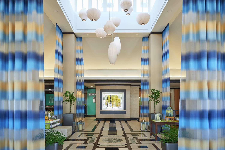 Lobby - Hilton Garden Inn Toronto Airport West Mississauga