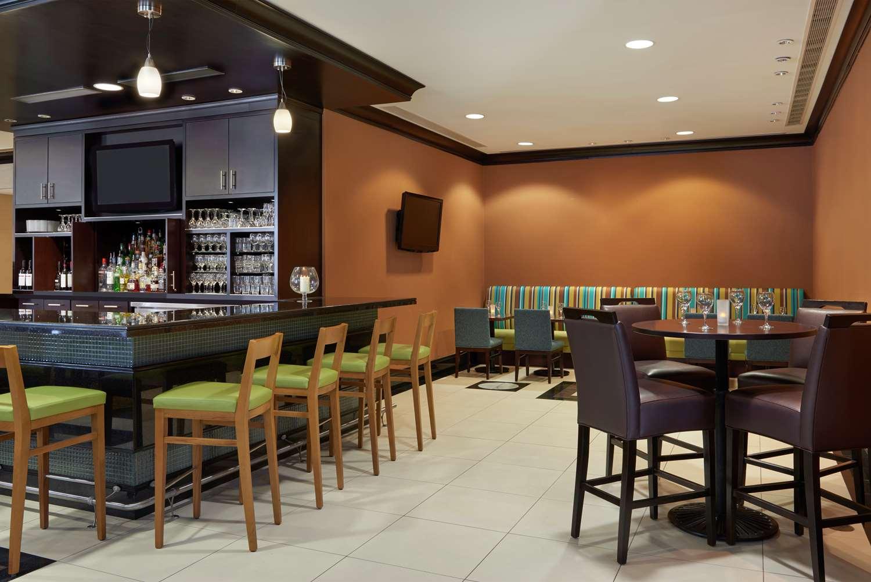 Restaurant - Hilton Garden Inn Toronto Airport West Mississauga