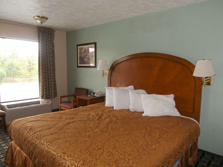 ... Room   Americas Best Value Inn Augusta