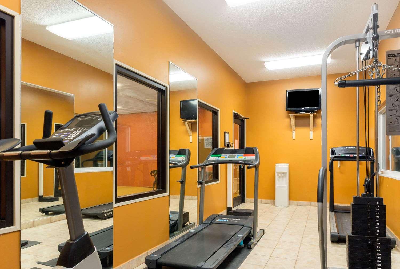 Fitness/ Exercise Room - Baymont Inn & Suites Cordele