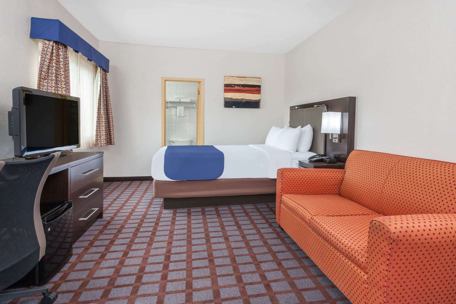 Room - Days Inn Woodbury