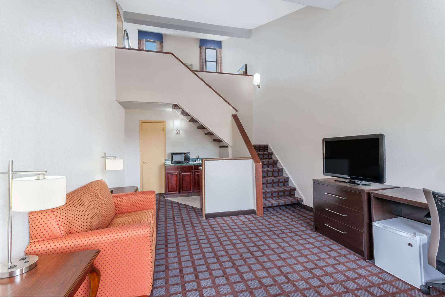 Suite - Days Inn Woodbury