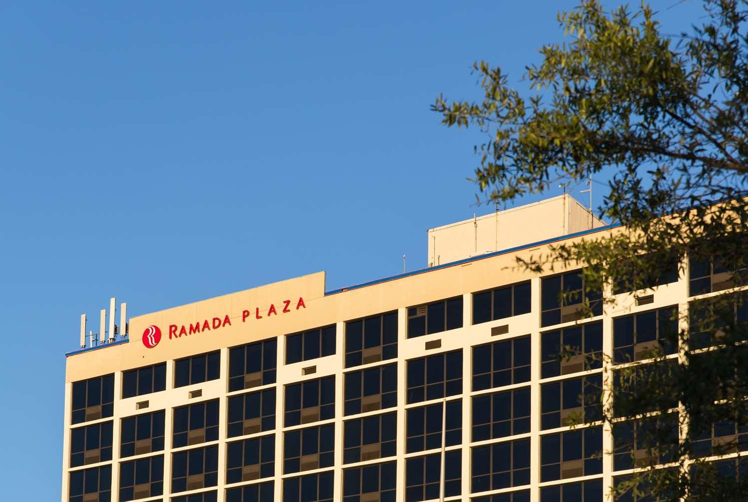 Exterior view - Ramada Plaza Hotel Capitol Park Atlanta