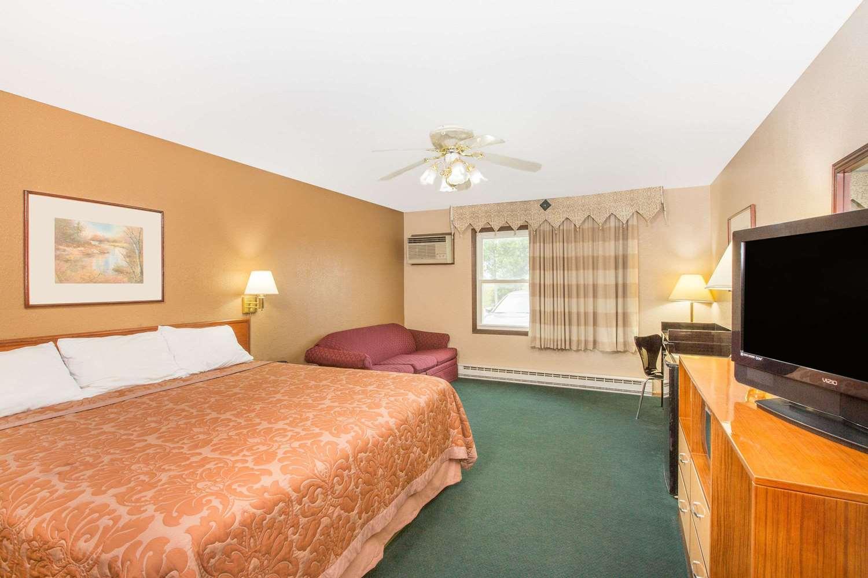 Room - Travelodge Denison