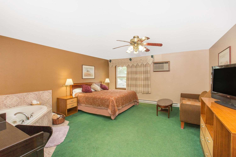 Suite - Travelodge Denison