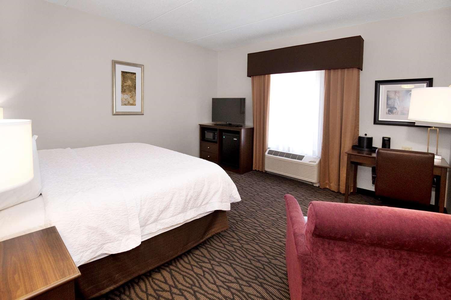 Room - Hampton Inn Butler
