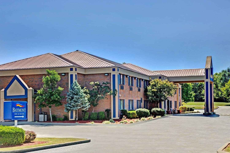 Exterior view - Baymont Inn & Suites Harrodsburg